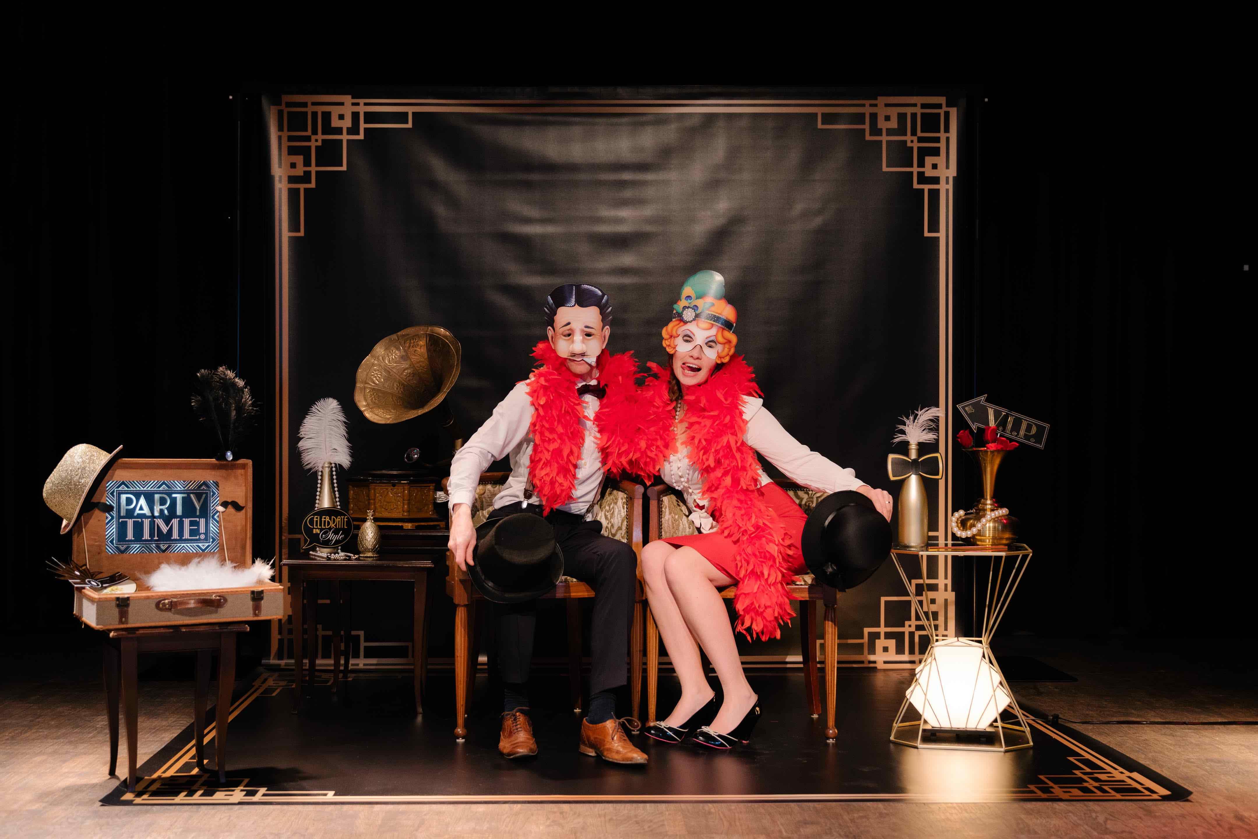 Photobooth huren voor jullie huwelijk? Ontdek het Great Gatsby photobooth decor!