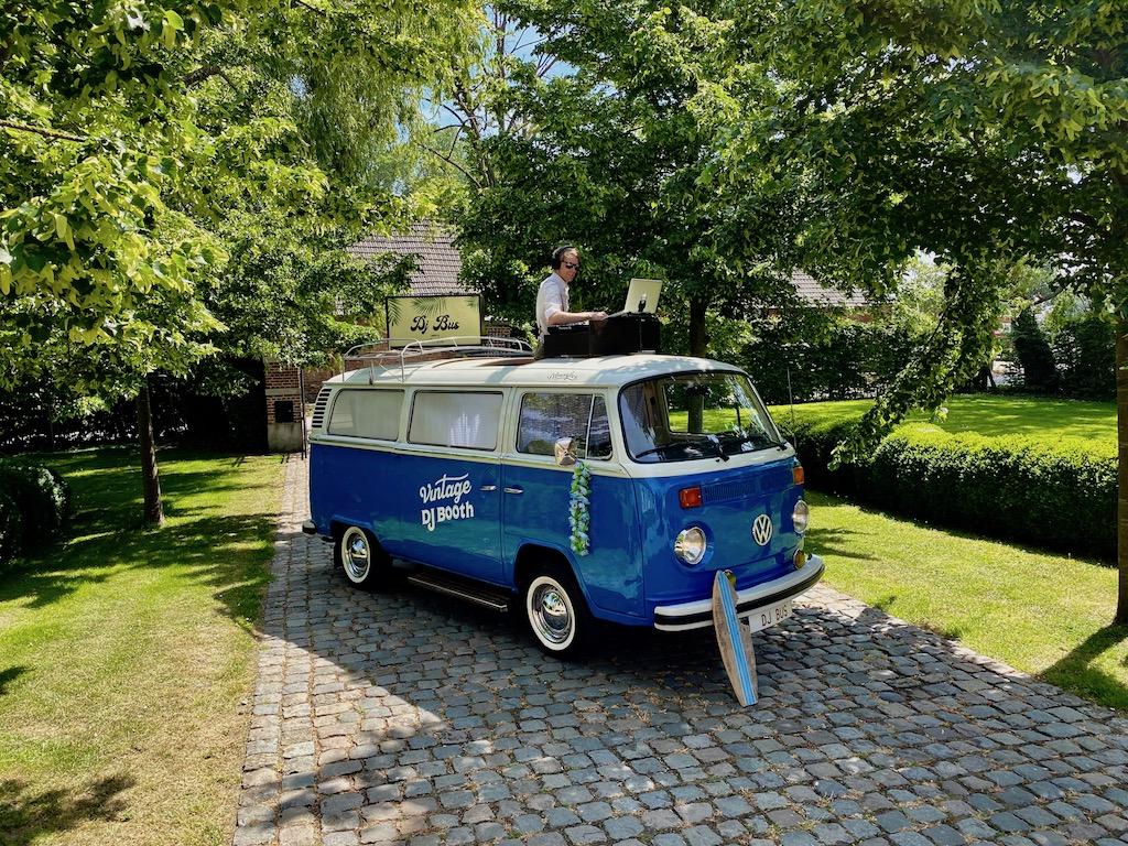 Volkswagen-DJ-Bus-huren