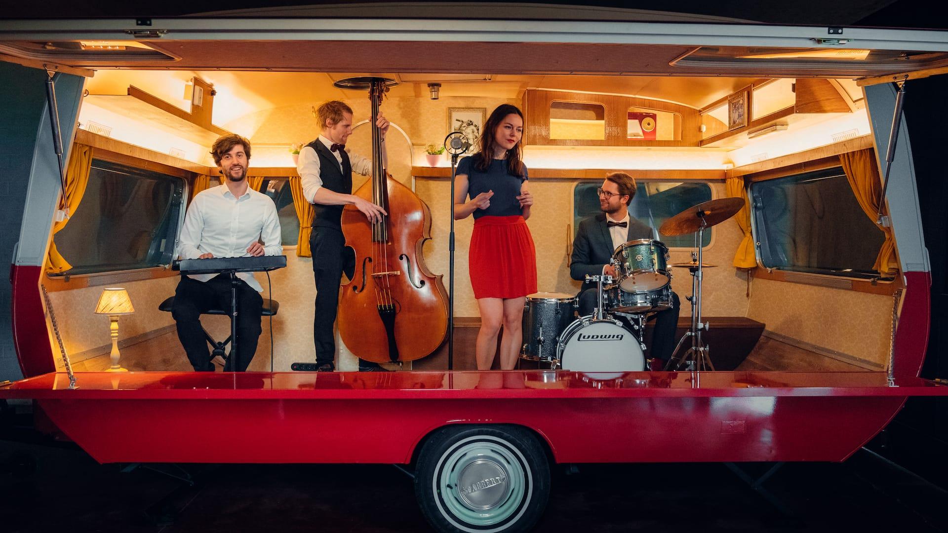 Live-muziek-jazz-band-boeken-huren-trouwfeest-event-personeelsfeest-bedrijfsfeest