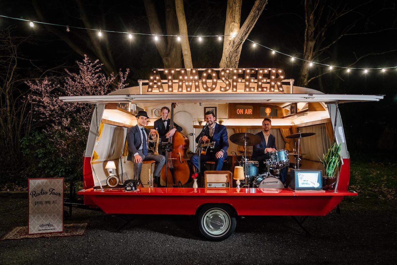 Caravan-podium-mobiel