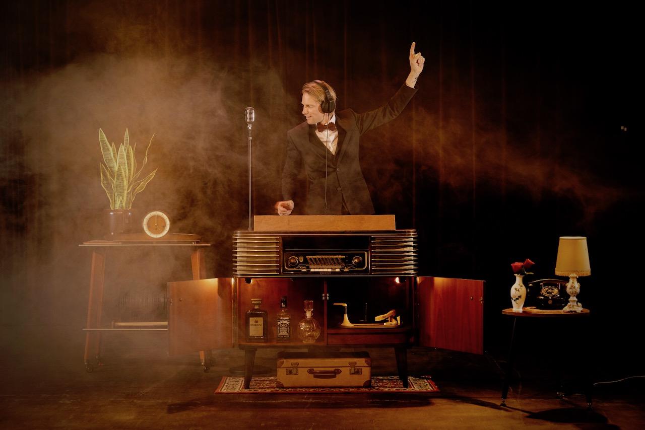 Retro-DJ-Booth-boeken-voor-uw-Trouwfeest