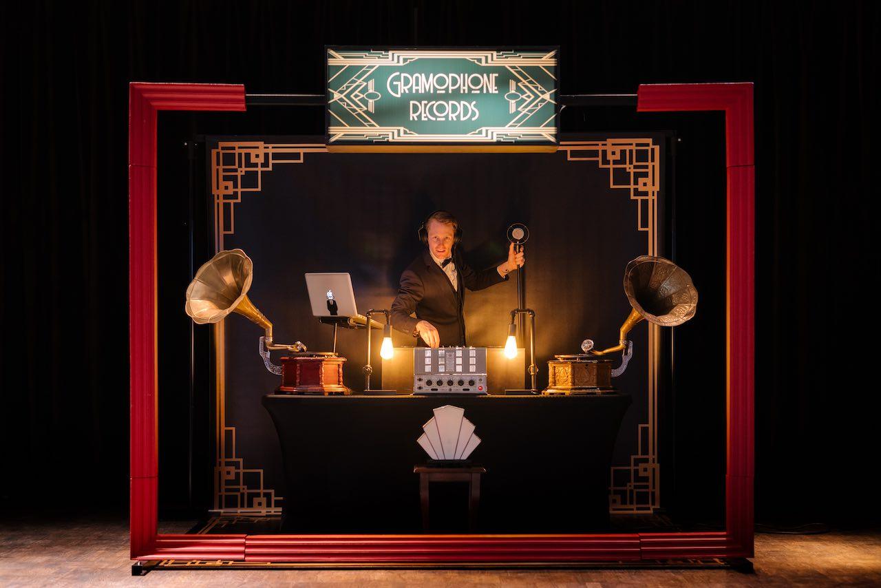 Vintage-DJ-boeken-Retro-DJ-Great-Gatsby-DJ