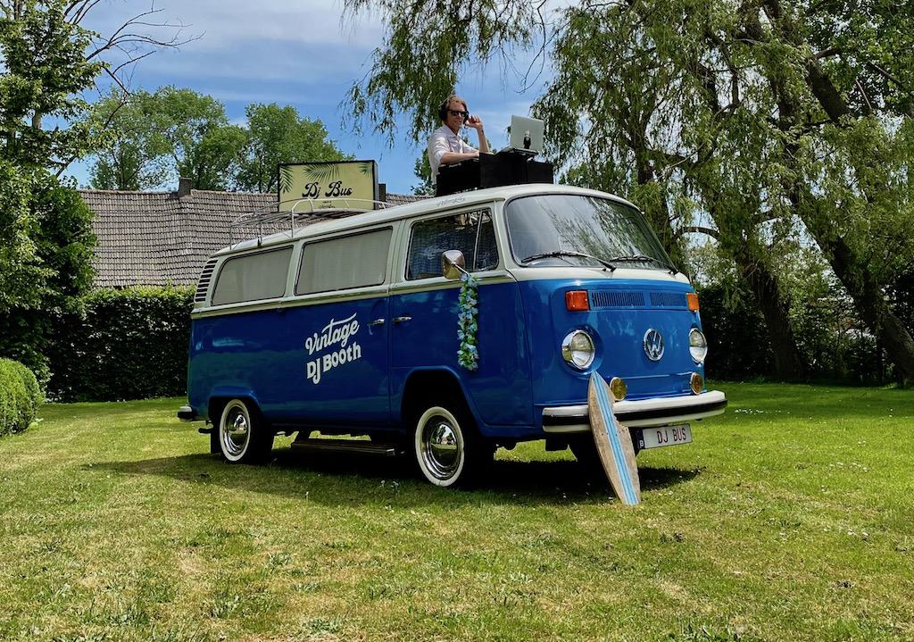 Volkswagen-DJ-Bus-huren-huwelijk
