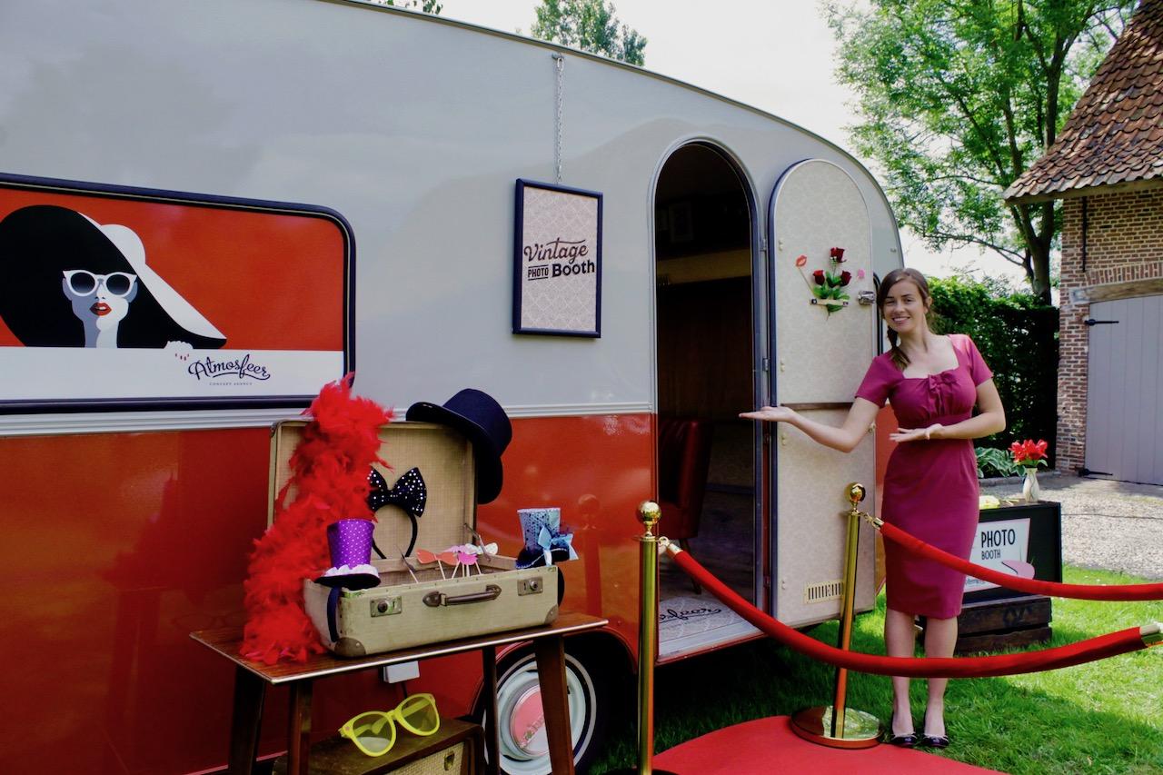 Photobooth_caravan_huren_huwelijksfeest